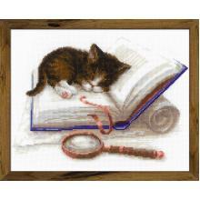 Гоблен Риолис 1725 Kitten on the Book